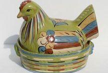 ~ Hen On Nest ~ / Vintage