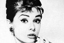 Belleza inmortal / Fotos de personajes famosos con belleza inmortal.