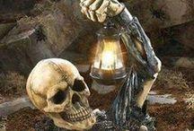 Halloween Skull & Skeleton & Tombstone