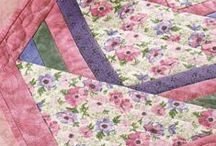 Free Table Topper Quilt Patterns / by Craft Downloads