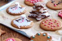 Brunkager / Findes der noget bedre end duften af nybagte brunkager? Ja, det skulle da lige være smagen af dem. Brunkager kan laves hårde eller bløde, med eller uden glasur, i små søde former eller som huse.