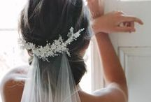 Bridal wedding accessories