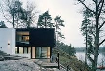House Hunting for a Perfect Home / Home // House // Modern // Architecture // Black // Big Windows //