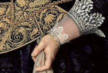 Embroidery and lace in painting
