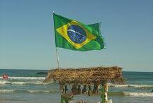 Pátria Amada Brasil / Trabalhamos para todo o Brasil, e, por isso, fazemos questão de enaltecer nossa pátria. Salve, salve!