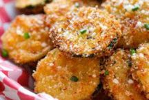 Healthy Snacks / Healthy sweet and savoury snacks recipes to be adapted if too high in fructose.