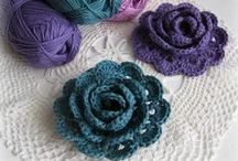 Crochet flowers and motifs