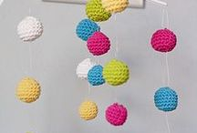 DIY Crib Mobiles / Make your own Crib Mobiles with these crafty diy ideas.