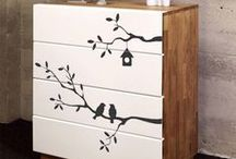 Creative DIY Projects for Wall Art Decals / New DIY ways to update your home using Wall Decals and Peel & Stick Wallpaper.