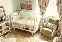 Baby Girl's Nursery Room Decor / Sweet and Pretty Decor Ideas for a new baby girl room.