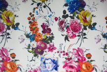 Fantasia / Fiori, righe, damascati... Tessuti d'arredo per colorare la casa