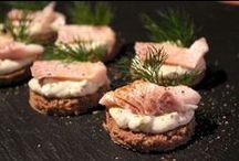 Alkuruokareseptit / Hyvää leivästä - tutustu ja kokeile Uotilan reseptejä herkullisista alkuruuista. Saat resepteistä uusia herkullisia ideoita ja makuja keittiöösi. Kaikissa resepteissä on luonnollisesti käytetty Uotilan Aitoja Pälkäneen limppuja - maista niin muistat!