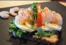 Välipalareseptit / Hyvää leivästä - tutustu ja kokeile Uotilan reseptejä herkullisista välipaloista. Saat resepteistä uusia herkullisia ideoita ja makuja keittiöösi. Kaikissa resepteissä on luonnollisesti käytetty Uotilan Aitoja Pälkäneen limppuja - maista niin muistat!