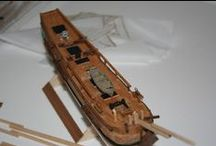 HMS Bounty from MiniMamoli / The name of Bounty, frigate of British Navy, is indissolubly tied to her captain's Bligh and to the vicissitudes which caused the crew to mutiny. The ship set out for Spit head in December 1787, final destination Tahiti.
