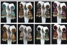Wholesale Jewelry / We Offer Wholesale Jewelry Including Lac Jewelry, Costume Jewelry, Silver Jewelry, Fashion Jewelry Wholesale Lots at Very Low Prices.