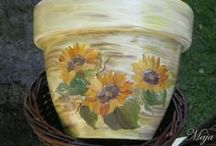 Flower pots with decoupage / Pots turned into art with decoupage and a little help from easy painting!