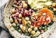 I love salads!! / Healthy salads and salad dressings. Healthy, nutritious salad recipes. Spirlaized veggies, homemade dressing.