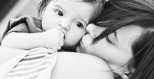 Family photography ideas / Family photography ideas for indoor and outdoor family photoshoots Black and white children and family portraits #family photography #family photographer #children photos #family photos #London #b&w