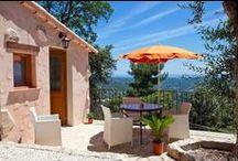Vacances sur la cote d'azur - logements classés / Présentation des locations de vacances classées meublés de tourisme 2, 3, 4, 5 étoiles dans les Alpes Maritimes. Holiday rental graded to international standards in Alpes Maritimes, France
