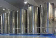 Bodegas de Almacenamiento y Decantación de Aceite de Oliva / Llevamos casi 100 años diseñando y construyendo las mejores bodegas del sector del aceite de oliva.