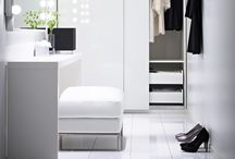 idcaption | Dressing [room] / Who never dreamt about a specific storage room - not a mess !!! not a panic room !!! - for a wardrobe and accessories range ?