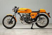 Ducati / Love older Ducatis! Iconic Italian design.
