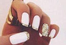 N A I L S / I have a fetish for nail art. It's such a simple and creative way to express your style.
