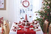 Tavole e decorazioni natalizie