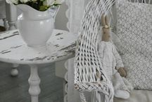 Wicker Chairs / Wicker Chairs