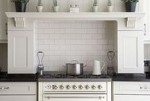 The Painted Kitchen / Painted kitchens