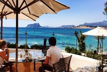 Restaurante Le Dauphin Moraira / Gastronomic Restaurant near the beach op El Portet in Moraira.  Fresh and delicious food with a modern twist.  Great atmosphere and superb serivce!