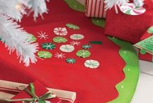 Kunin Felt Tree Skirts & Ornaments / DIY holiday felt skirts and ornaments.