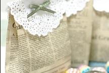 vintage paper / Tout ce que l'on peut faire avec des pages de vieux livres et partitions.... L'objet prend un charme nouveau