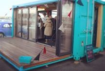 Pop-Up Container Bars / A Pop-Up Container bar made from a recycled shipping container with both sides opening on hydraulics for it to seat 40 people