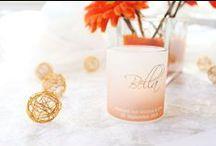 Silber & Orange | Hochzeitsdeko / Eine gewagte und wundervolle Tischdeko-Idee für die Hochzeit: Orange und Silber. Metallischer Glanz und fröhliche Farben lassen sich wunderbar miteinander kombinieren. Hier erfahr Ihr mehr: http://www.meine-hochzeitsdeko.de/Deko-Ideen-Hochzeit