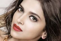 Deepika Padukone / Deepika Padukone is a hindi actress who is from South, like many hindi actresses who have come from south and become popular, Deepika Padukone is one of the top atars to have come from the South.