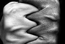 Hands... / Το άγγιγμα του χεριού σου καθώς περνάς τόσο ανάλαφρο , τόσο γρήγορο, που κανένας άλλος δεν υποψιάζεται πόσο στοργικά με γαληνεύει , αυτό το άγγιγμα με στηρίζει για να αντέξω και την πιο σκληρή ημέρα... Σαίξπηρ