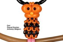 October Orange Obsession / As Fall comes, we dive into the wonderful balloon twisting pieces submitted for the Qualatex Color Quest. Here are cute orange animals and awesome balloon sculptures made by talented balloon twisters.