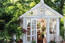 GREENHOUSES / & Orangeri & Garden sheds & Potting sheds