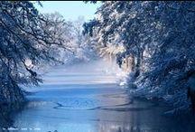 Couleurs d'hiver, lingerie fine et sensuelle loin d'être morose / La lingerie hivernale est romantique, mélangeant des couleurs vives avec des plus sobres.