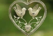 La saint Valentin, une journée qui respire l'Amour !!! / Fêtons tous ensemble ce fête de l'amour, des idées pour que votre adorée soit la plus heureuse, démontrez-lui tout votre amour avec une lingerie douce, belle et tendre, à la hauteur de votre amour !