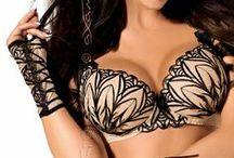 Lingerie Axami, qualité à prix tout doux !  / Cette marque Européenne de lingerie fine et sexy vous propose des modèles tout à fait unique. Craquez pour des formes de soutien-gorge différentes et sexy.