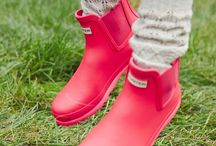 Shoes/sneakers/flats/heels/boots/sandals