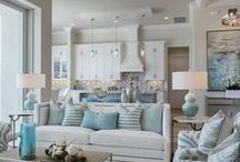 Coastal Decor ideas / This look is inspired by the ocean. It evokes a light and breezy feel by way of airy fabrics for window treatments, and the emphasis on nautical or beach-themed accessories such as lighthouses and seashells. The classic Ralph Lauren-inspired palette of navy and white with gold accents is a striking look for any home.