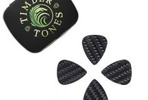 CARBON TONES MINI / Carbon Tones Mini Guitar Picks are CNC Water Jet Cut to our Classic 351 shape scaled down to a Jazz III size. They are available in 4 thicknesses from 0.25mm to 1.5mm and thus range from very flexible to completely stiff. They are manufactured from Aerospace Grade Carbon Fibre which has been hand polished on the edges to ensure perfect quality.
