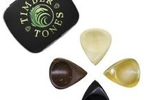 FUNK TONES / Funk Tones are designed to be some of the most comfortable Guitar Picks in the world. They are for players who want the speed and accuracy usually associated with a Jazz III Style Guitar Pick, however they have a larger grip area which includes a scoop for the thumb and a right hand orientated Groove for the first finger. They are hand sculpted to be smooth and extremely tactile.