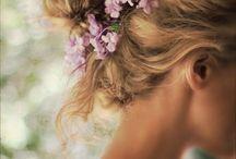 Hiukset ja meikit / Kampaukset,pulisongit ja meikit
