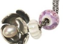 Fantasy Necklace Designs