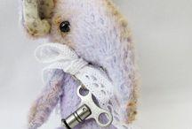 Art Bears / Collectable Artist Bears