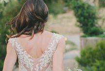 Vestidos de novia / Beautiful Dresses / ¿Buscas el vestido de novia más lindo para ti? En nuestro tablero encontrarás tendencias en modelos, pedrería, siluetas y colores. Inspírate para lucir increíble el día más especial.